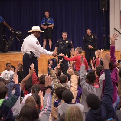 KPD chief hands out pencils and safety tips at East Ward ES